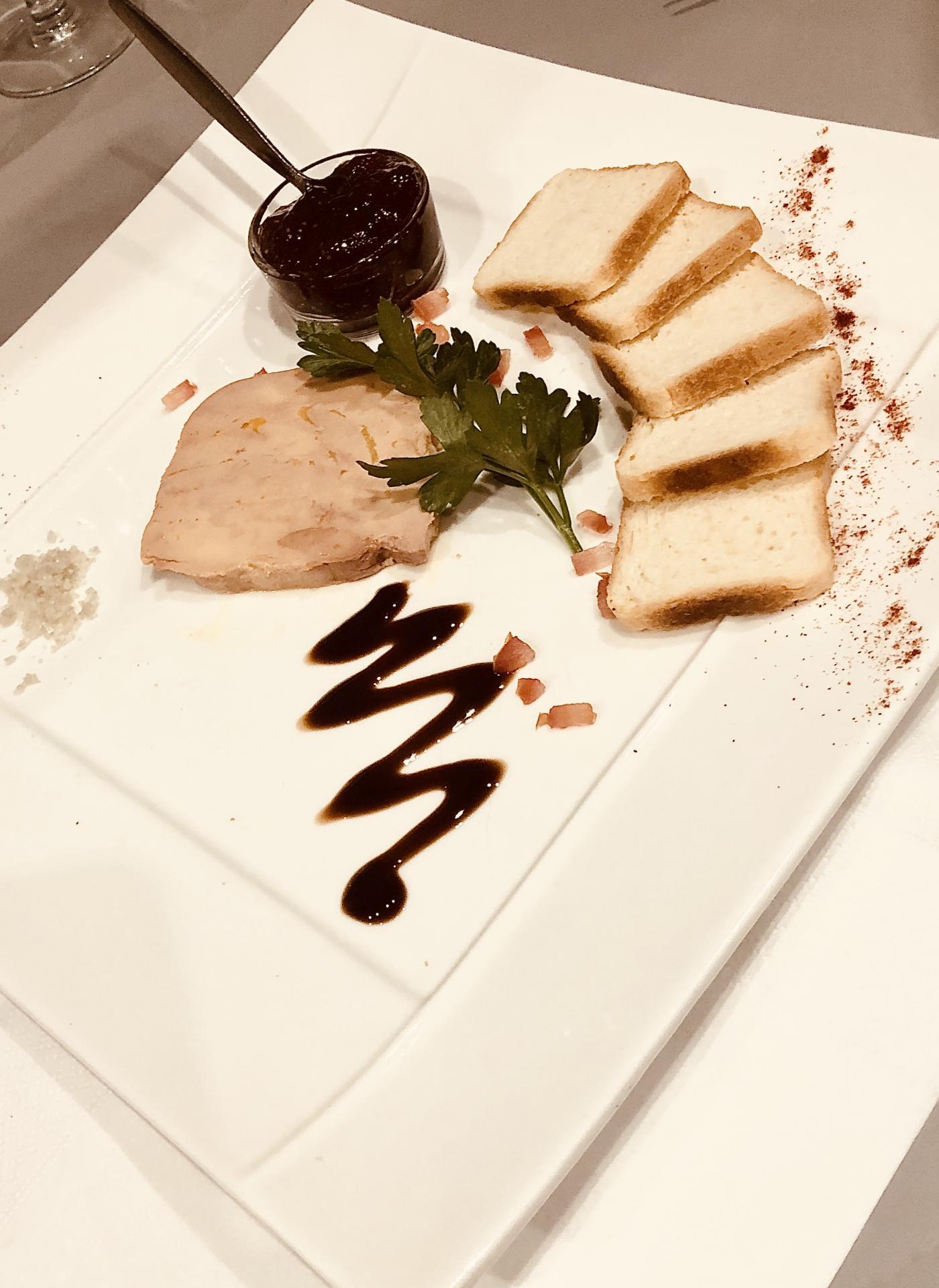 Foie Gras au Sauterne & compotée de Figues